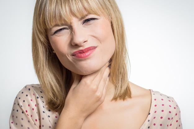 Dor de garganta persistente